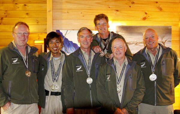 NZ-Team-with-Gold.jpg